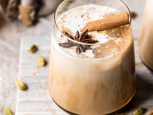 Vanilla-Chai-Tea-White-Russian-1-500x375
